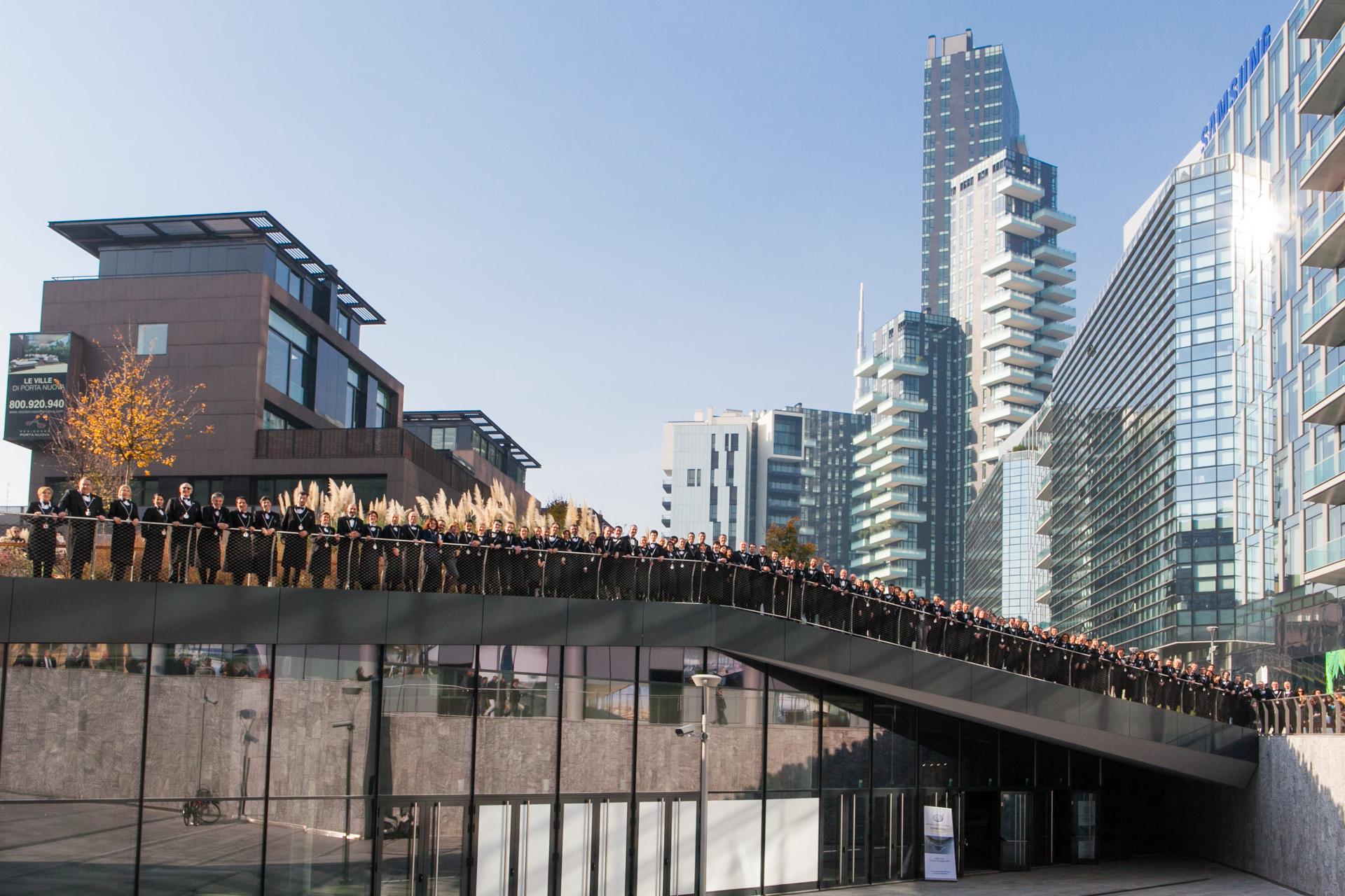 I sommelier che hanno proposto a Milano 500 assaggi dei migliori vini italiani